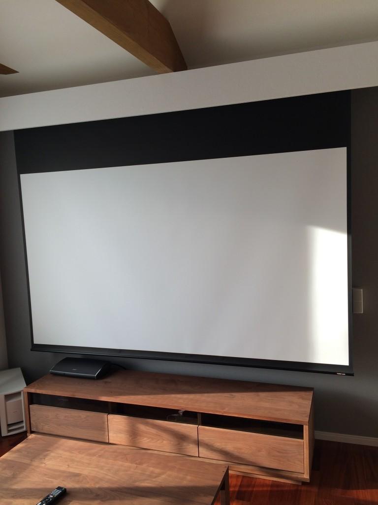 大画面+5.1ch音響の環境でどんどん映画を堪能したいです